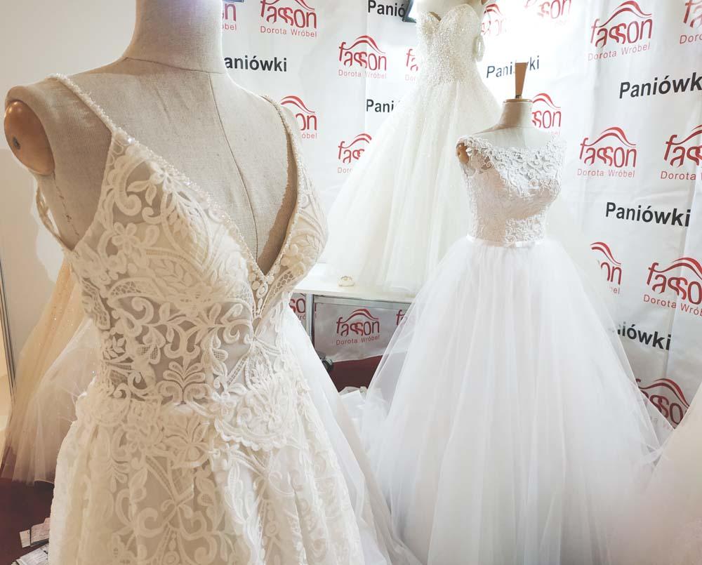 2ea2e35712 Najmodniejsze suknie ślubne na sezon 2019