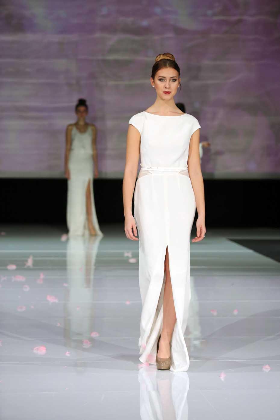0d8191dd32 Francuskie koronki w sukniach ślubnych